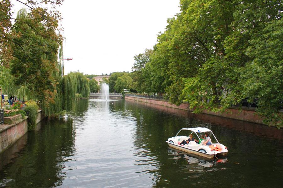 Flussufer 2